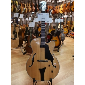 Hofner J17 Single Pick Up Jazz Guitar. Natural Finish