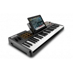 Akai  Synth Station 4949 note Keyboard controller with DM pads + ipad dock