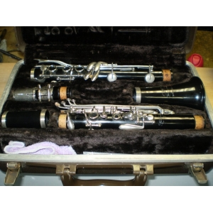Buescher Clarinet - Second Hand